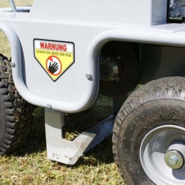 מתעל טרנצ'ר - מקלפת דשא - דגם 300 RS 3040