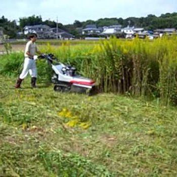 מכסחת דשא ידנית חזקה לעשבייה או דשא - דגם NAGI 700
